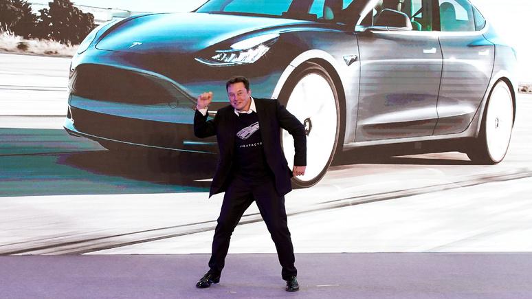 Илон Маск очаровывает Китай своим обаянием