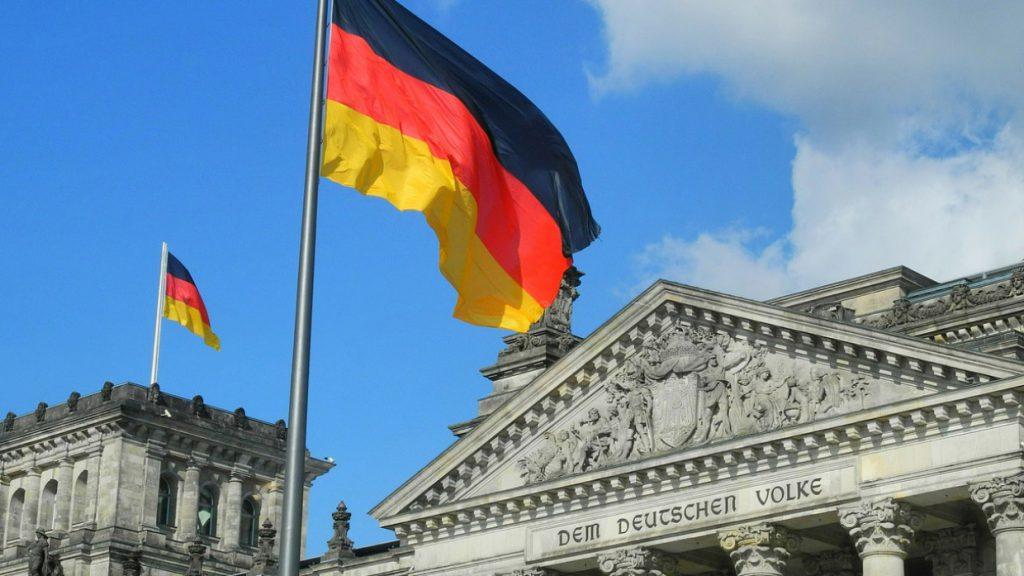 Китай и Германия готовы совместно противодействовать тенденции «разрыва связей»