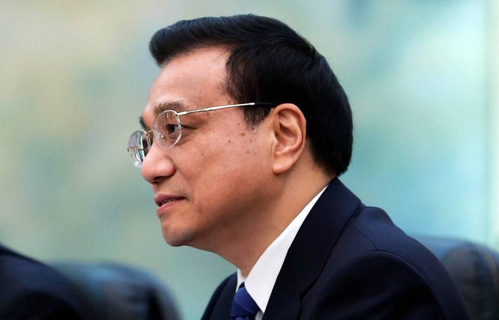 Ли Кэцян подчеркнул важность борьбы с наводнениями и призвал к продвижению финансовой открытости