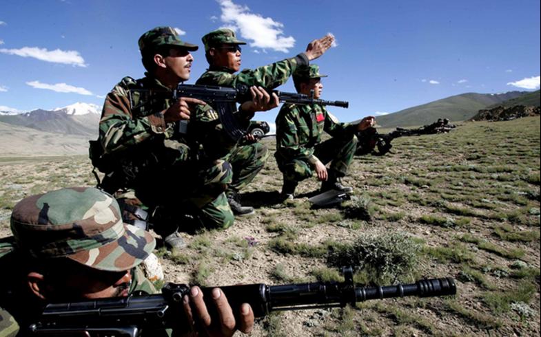 Китайские военные прибыли в Сибирь для участия в турнире «Саянский марш-2021»