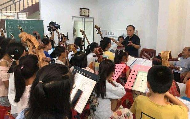 «Хористы» по-китайски: как учитель музыки подарил будущее беспризорникам