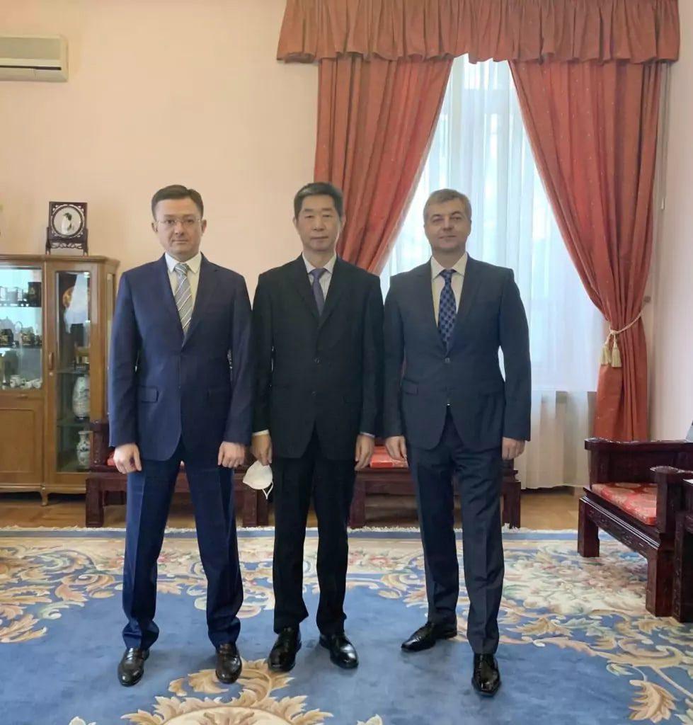Российско-Китайский Деловой Совет в Москве организовал встречу с представителем «РЕФАГРОТРАНС» и Советником по экономики Посольства КНР в РФ