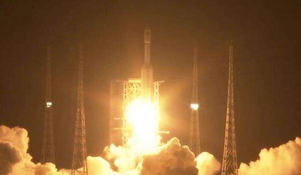 Китай запустил космический аппарат «Тяньчжоу-2»