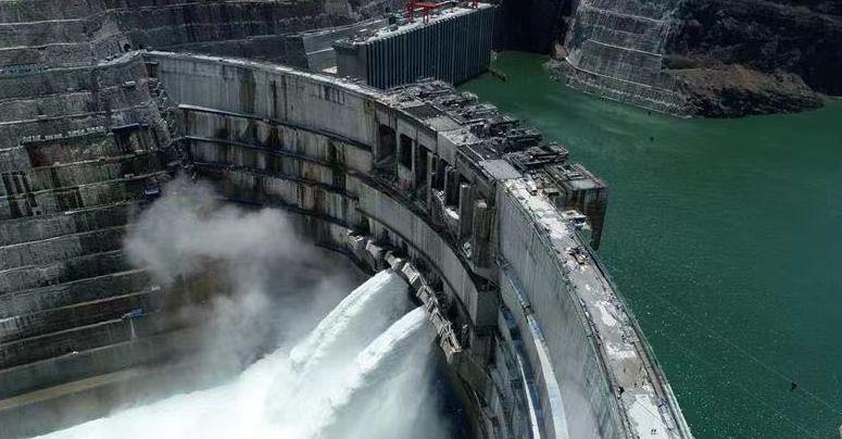 Китай достроил вторую крупнейшую в мире ГЭС
