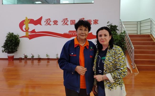 Ли Жуйцинь — креативный директор, бросившая вызов пустыне