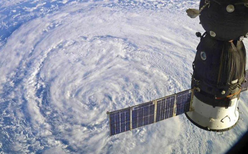 Китай выступил за расширение сотрудничества с Россией в космосе