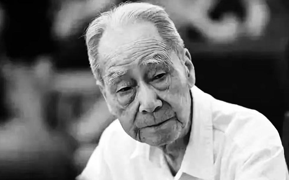 Известный китайский переводчик Сюй Юаньчун скончался в возрасте 100 лет