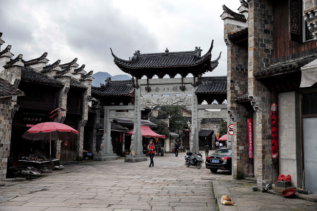 Туристическая зона Цзянланшань-Шибаду пров. Чжэцзян