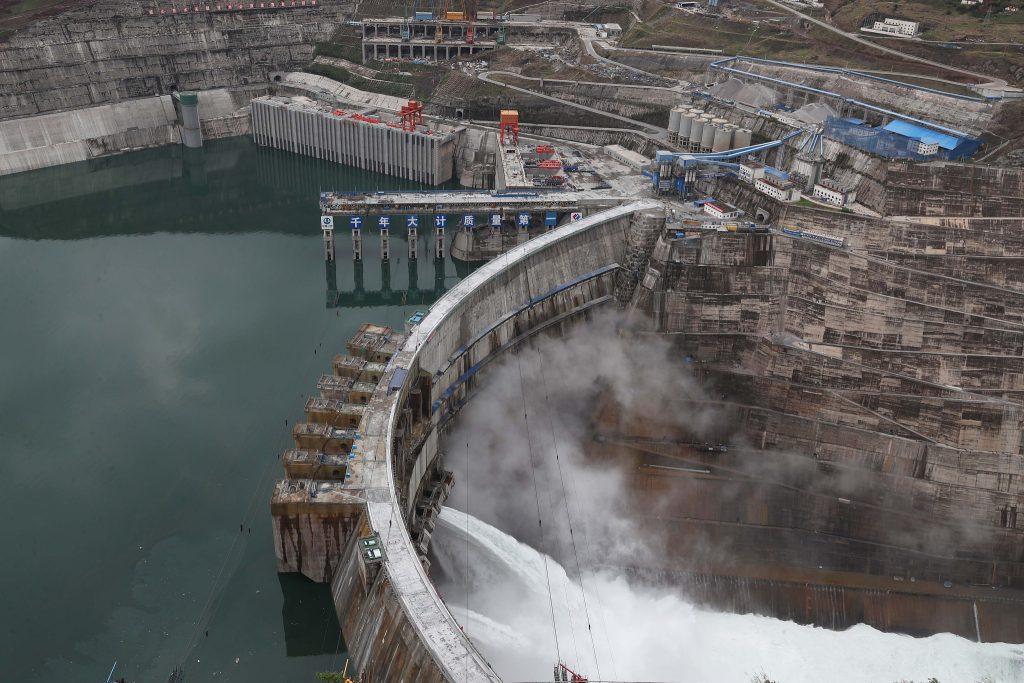В Китае сдана в эксплуатацию гидроэлектростанция «Байхэтань»