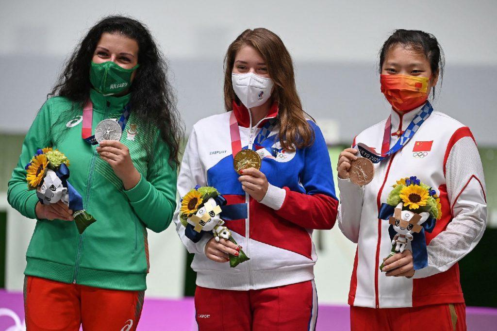 Стрелок Виталина Бацарашкина стала первой россиянкой, выигравшей золото Игр в Токио.