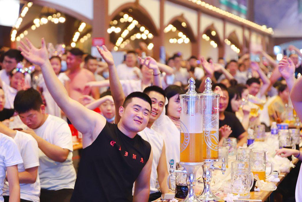 В Циндао открылся 31-й международный фестиваль пива