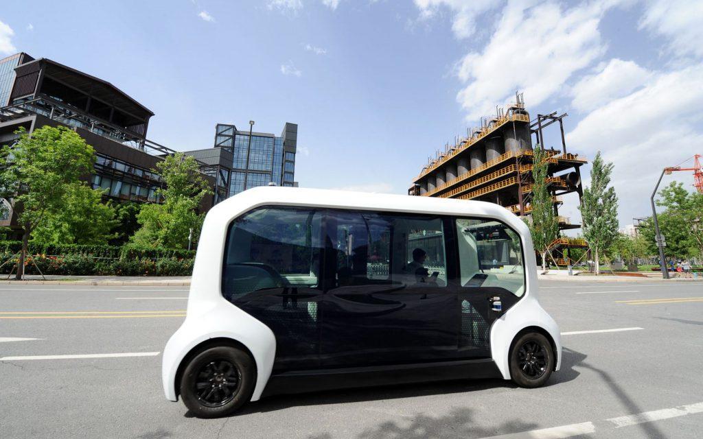 Китайские робот-такси превзошли обычные по уровню безопасности
