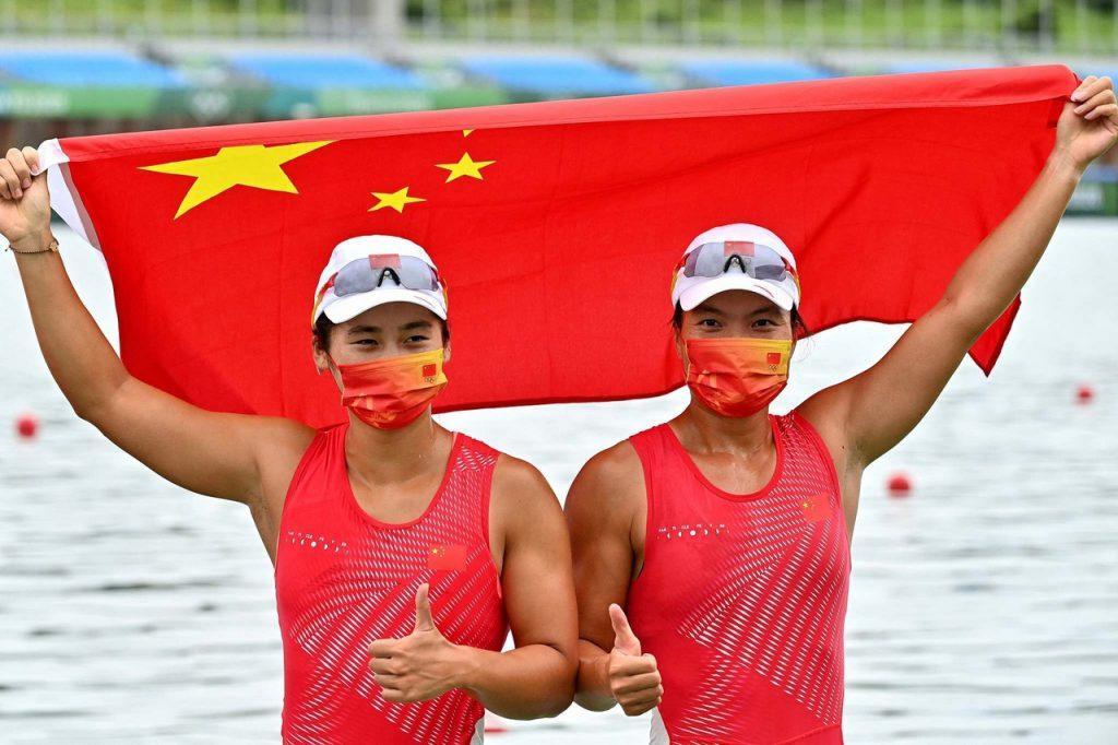 37 золото в копилке Китая!