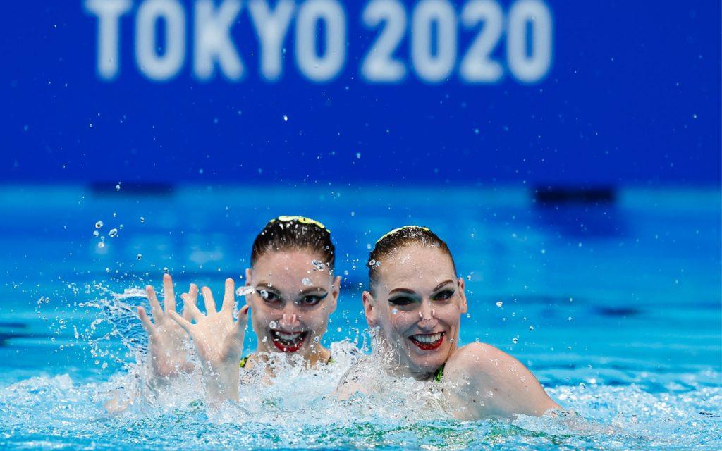 Российские синхронистки завоевали золото Олимпиады-2020 в соревнованиях дуэтов