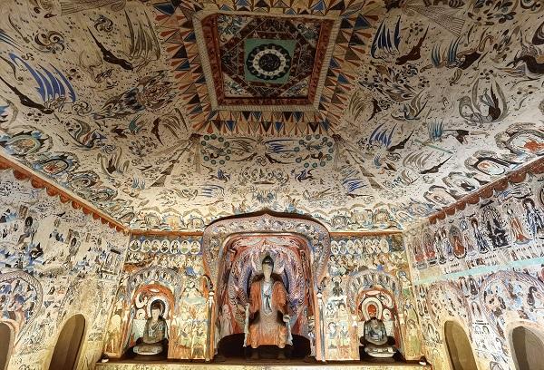 Выставка, посвященная искусству Дуньхуана, открылась в музее Гугун