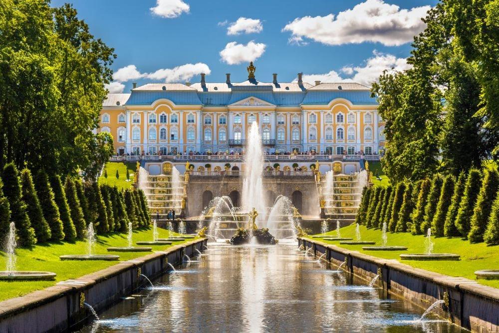 Вход во все парки Петергофа станет бесплатным после завершения сезона фонтанов