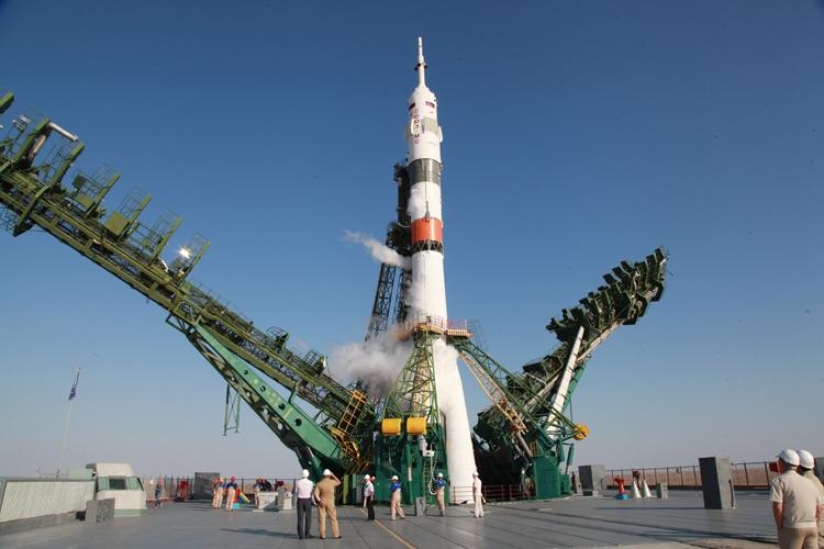 Прямая трансляция пуска ракеты-носителя «Союз-2.1а»